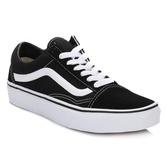 black lace up vans